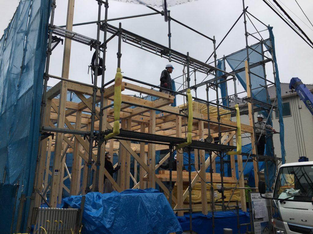 建設中の一戸建て住宅