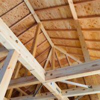 木造住宅の屋根裏