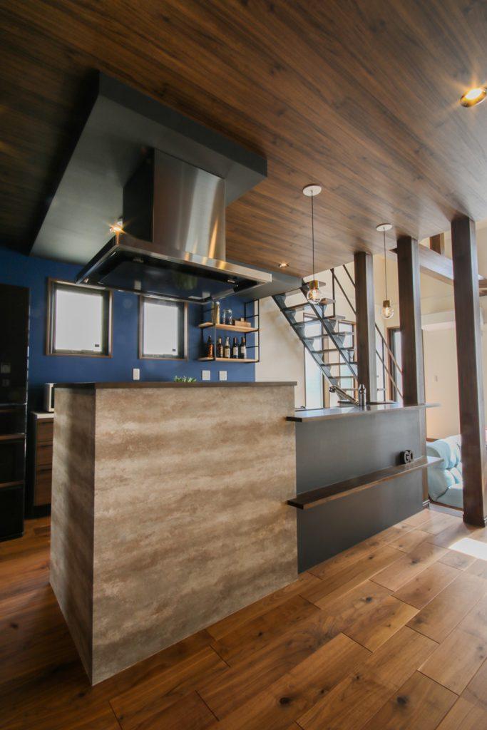 極上の「大人カフェ」のお家
